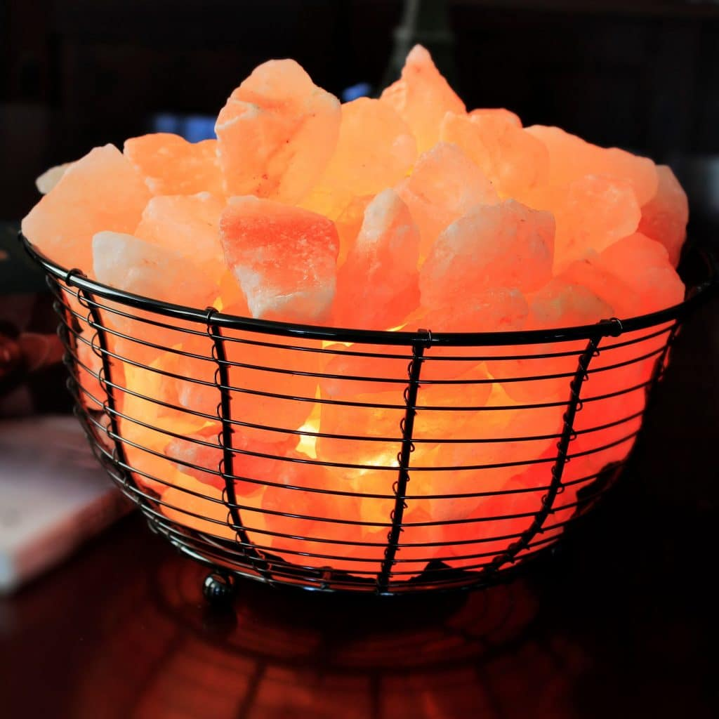 Basket-rock-salt-lamp