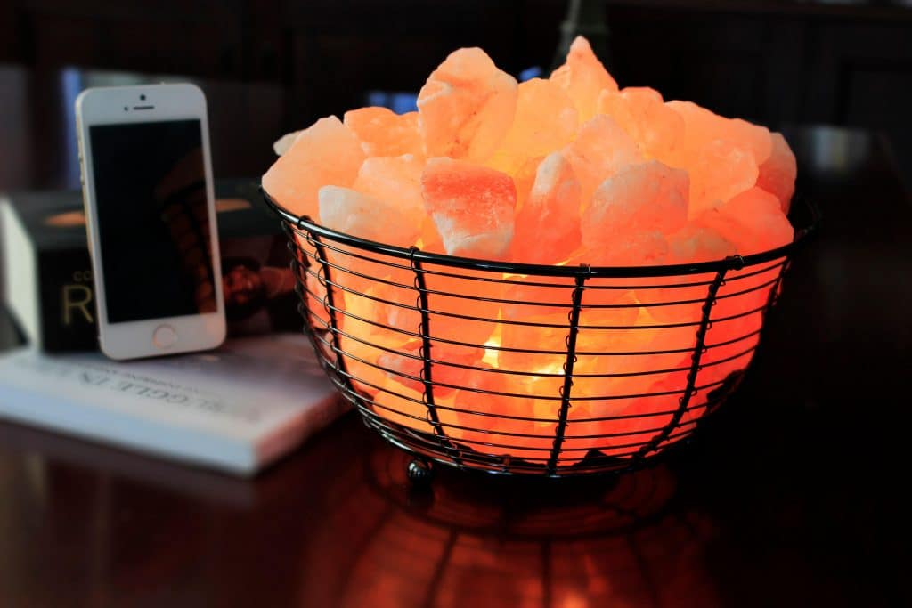 Do Salt Lamps Really Produce Negative Ions : Basket Design Himalayan Salt Lamps Negative Ionizers