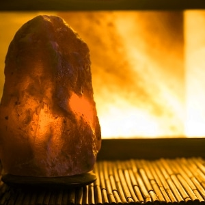 Himalayan rock salt lamp benefits