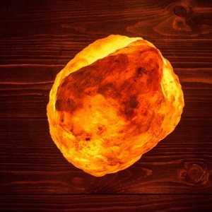 Precautions with salt rock lamps