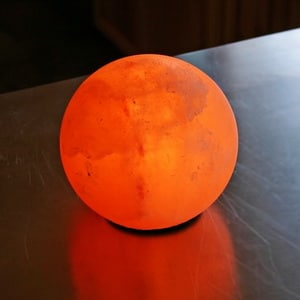 Circle salt rock lamp